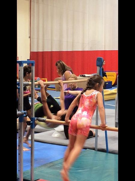 Gymnastics by SalvadorVicentebanuelos