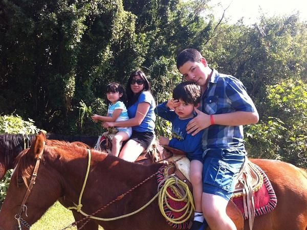 My broter, cousins, and aunt horsebackriding by SalvadorVicentebanuelos