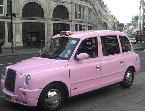 taxi-rosa-londres