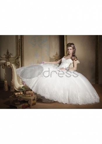 Strapless-Wedding-Dresses-summer-sumptuous-pretty-strapless-wedding-dresses-bmz_cache-b-b65c899916840fc5c71da630d25cfd26.image.3 by RobeMode