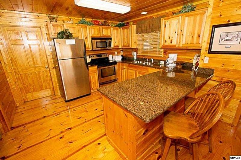 5 Kitchen with Breakfast Bar