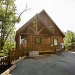 MLS Photos of Cabin in Sherwood Forest