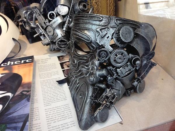 An interesting mask by BradAndDebbie