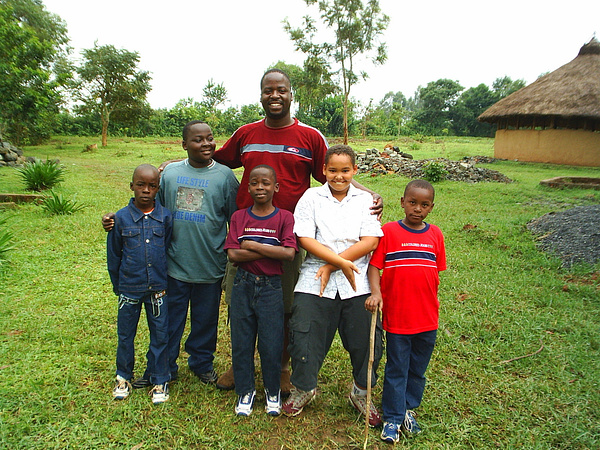 Kibaki Flats 2006 by WilliamCurry