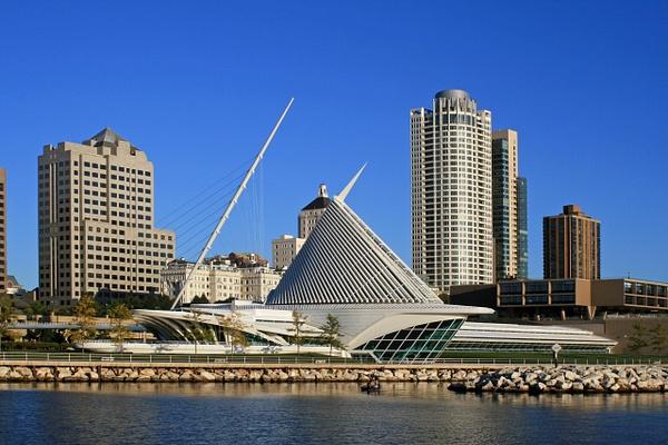 Milwaukee Art Museum D by James Bickler