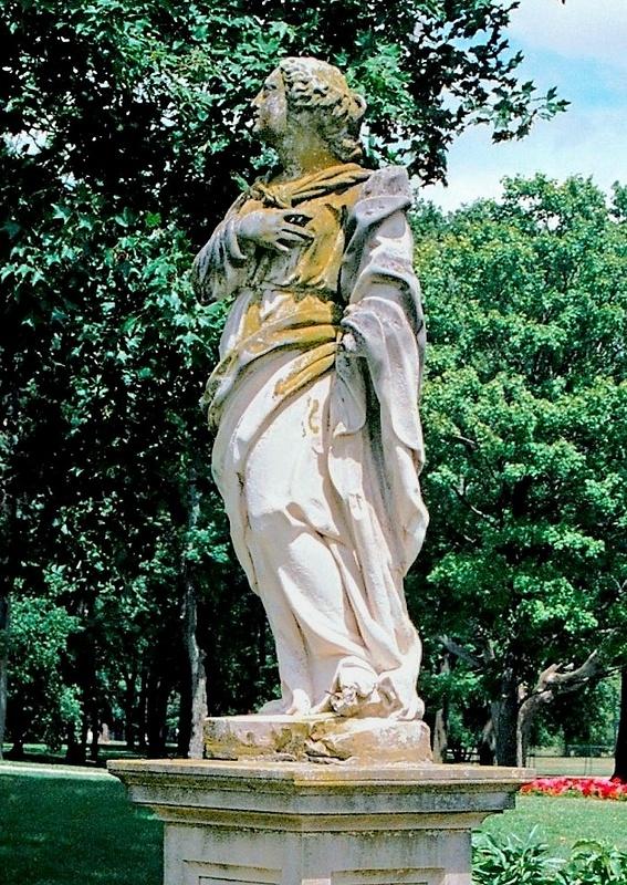 Cuneo Estate Stone Statue 8.02_pe (2)