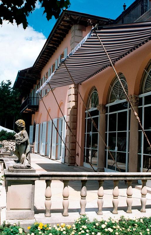 Cuneo Mansion Patio 8.02