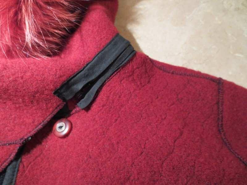 M-11 Manteau Epsilon avec capuchon et foulard intégrés en poil de renard(taille XS, mais fait S) 95$