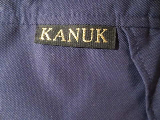 M-15 Manteau Kanuk (taille 5 équivaut à L /XL) 120 $