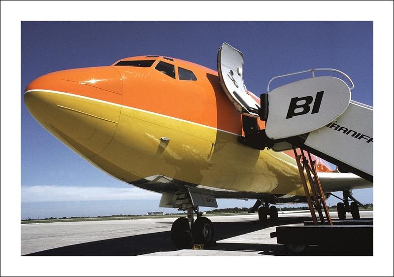 Braniff Airways Boeing 727-100 cv