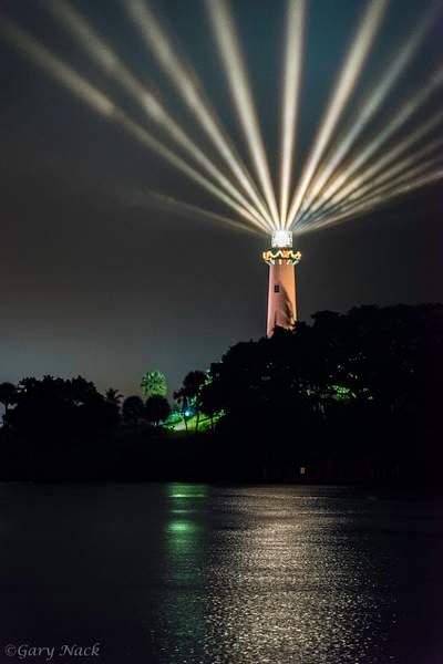 Jupiter Lighthouse Multi-Beams