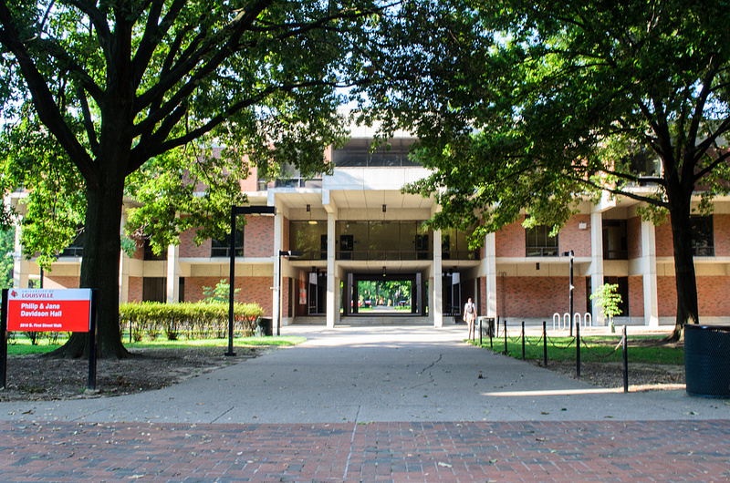 UofL-Campus-17