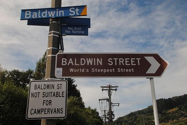 Baldwin Street by Maria Dzeshchanka