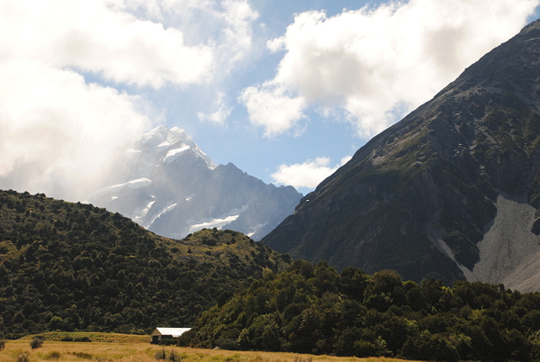 Aoraki/Mount Cook by Maria Dzeshchanka