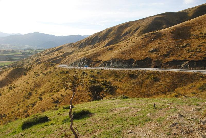 Crown Range Road