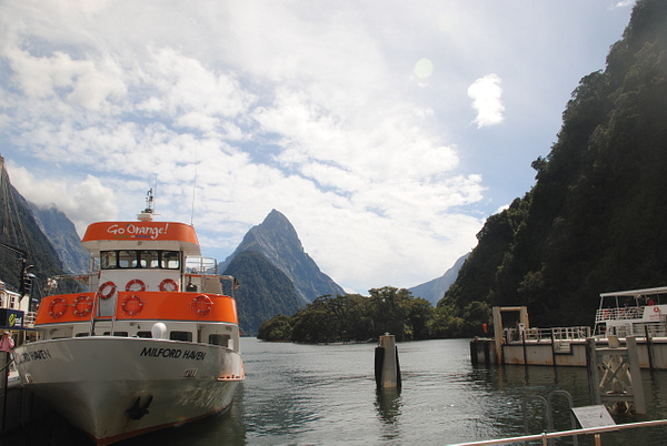 Milford Sound by Maria Dzeshchanka