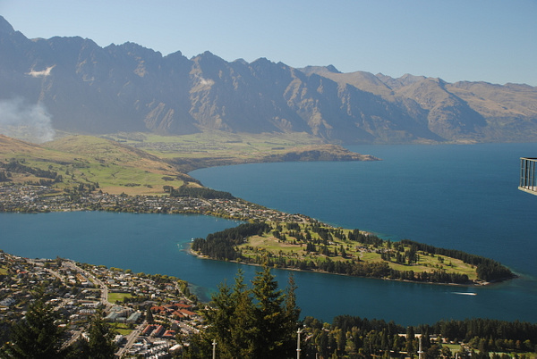Skyline Queenstown by Maria Dzeshchanka