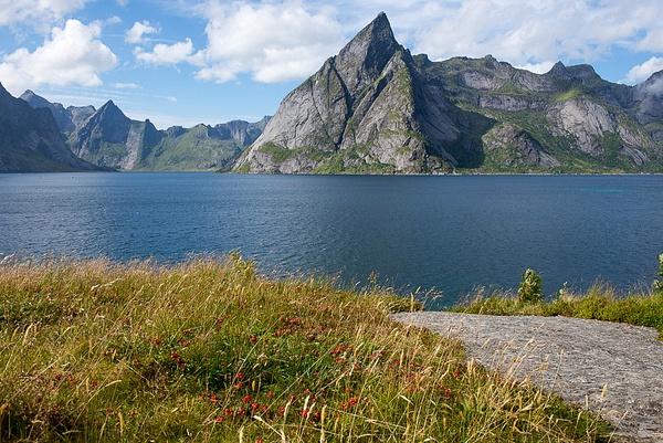 Lofoten Islands 2013 by Muzzyenn