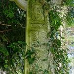 Crosses and War memorials