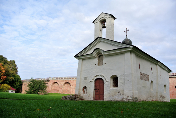 Novgorod by Vladyslav Kucheruk