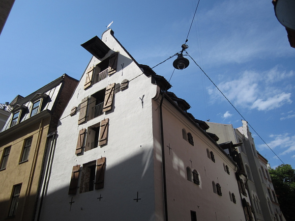 16th century building by Clarissa