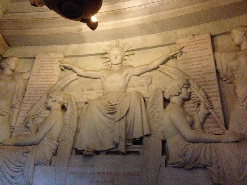 Dôme des Invalides, tombeau de Napoléon Ier. Les lois ecrits par Napoleon