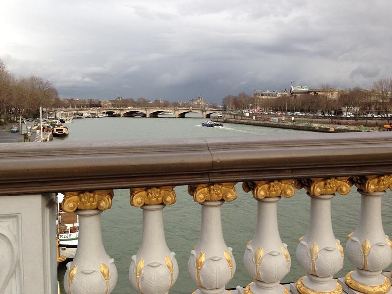 La Seine. Le soir.