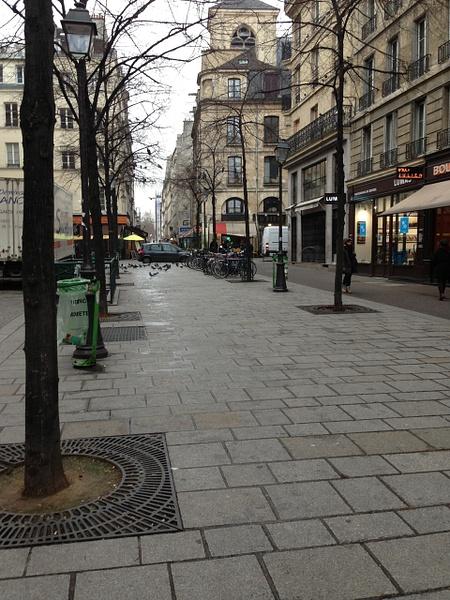 La rue on Marais by Clarissa