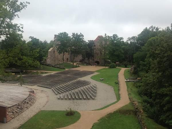 Sigulda. The castle's ruins. 222