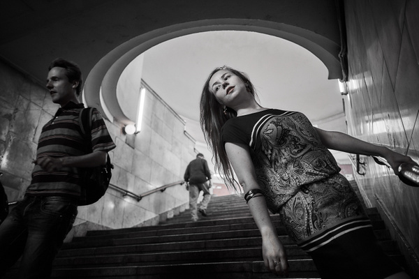 2017_08_Люди в городе 28_Элина Кашкаева_МЕТРО by Anatoly Strunin