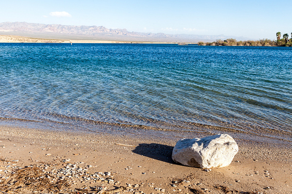 Mohave Lake, USA by Eugene Osminkin