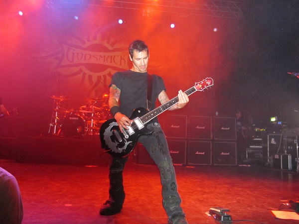 Godsmack concert (London) by tander
