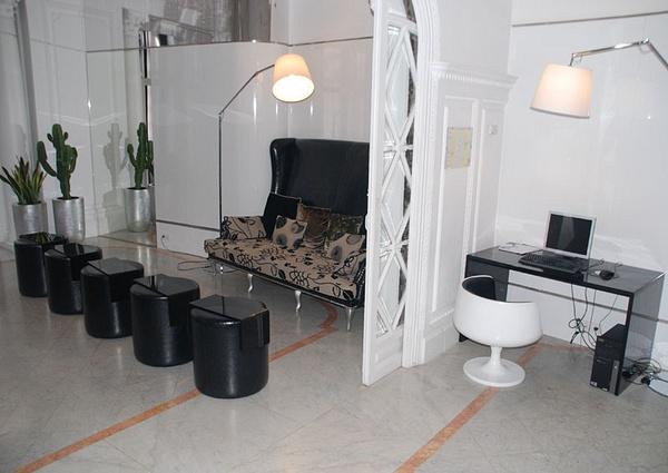 2-4_Chic_Basic_Lounge by jimsimp3