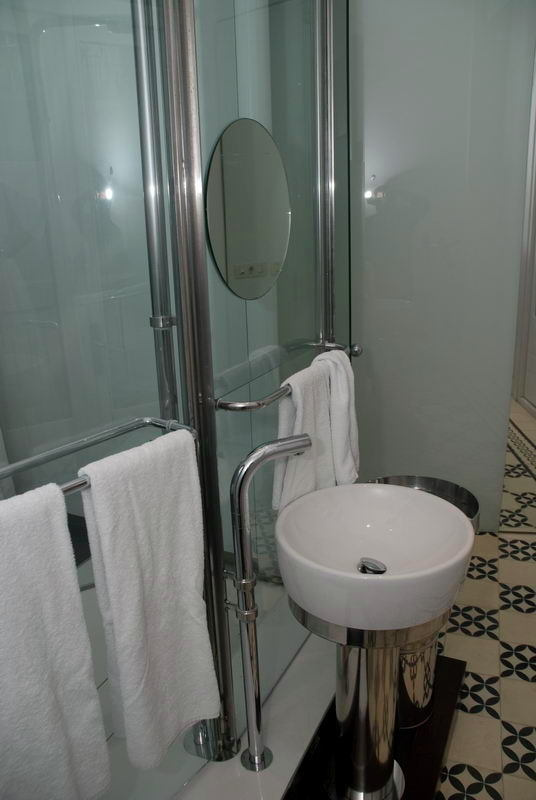 Hotel_Room_View_3