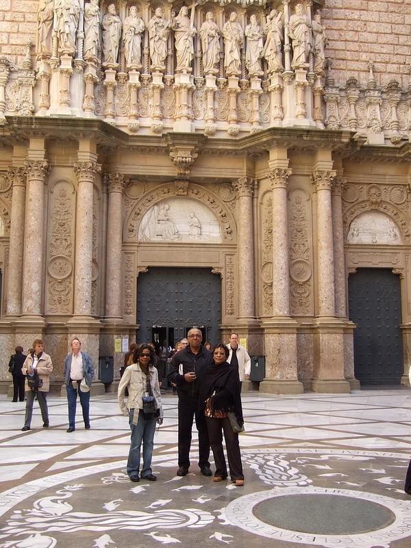 11_Group_At_Montserrat_Royal_Basilica.jpg