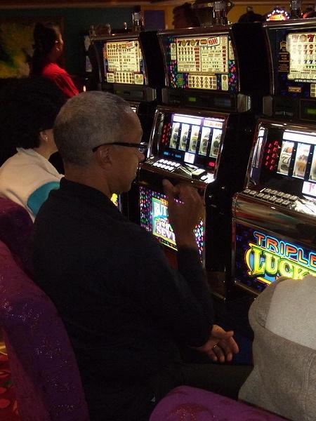 21_Casino_Arn__The_Slots.jpg by jimsimp3