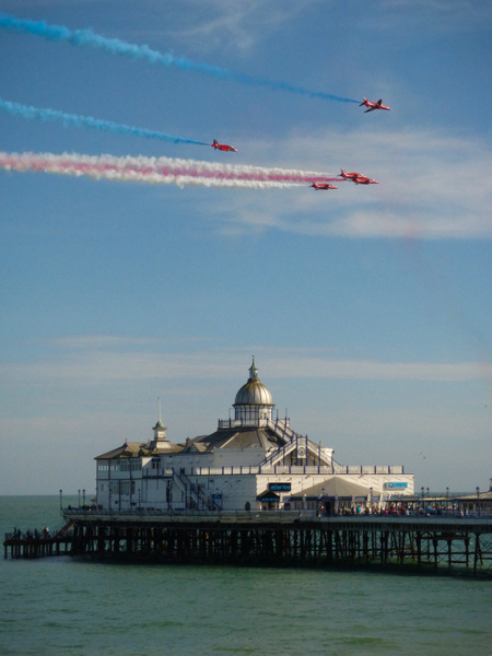 Red Arrows 4 by James Borland