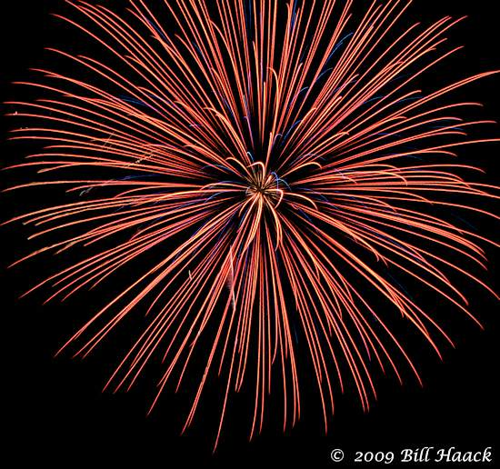 _DSD3890_4th_Fireworks_Chesterfield_048_070409 222