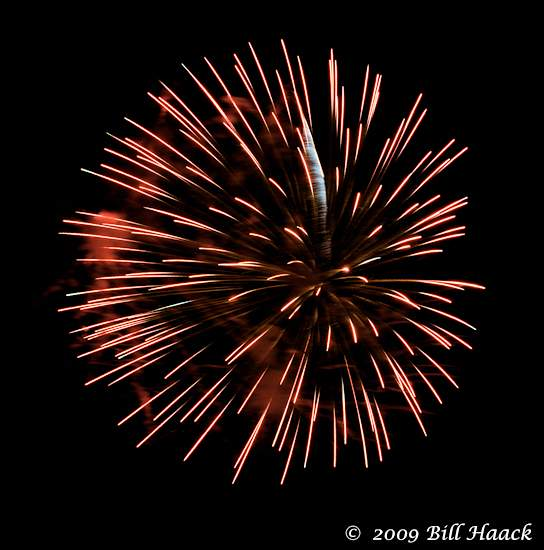 _DSD3753_4th_Fireworks_Chesterfield_014_070409 222