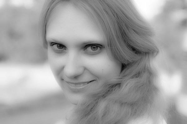Portrait by Vitaliy Sharavara