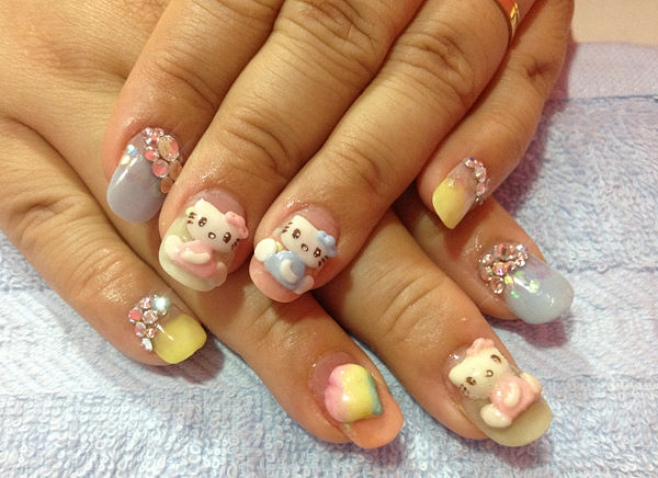 9 by CandiliciousNails