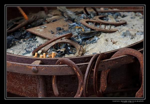 Rustic Ash Tray 222