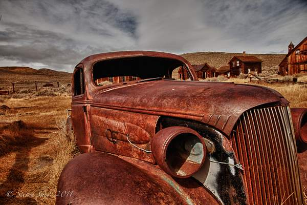 Old Car Bodie-2010 HDR 222