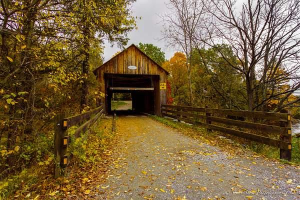 Covered Bridge Sherbrooke CANADA 2 222