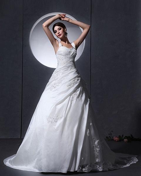 Wedding dress by Gogogu167