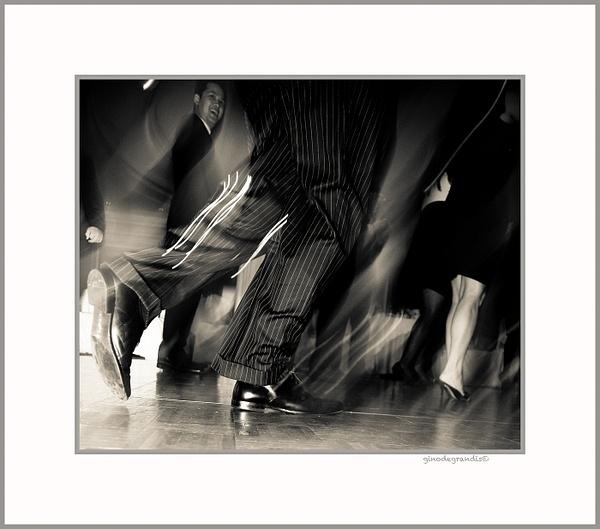 RUSH HOURS by Gino De  Grandis
