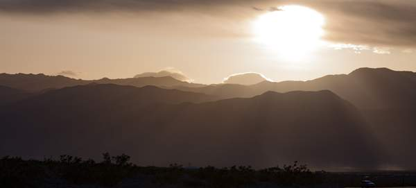 Setting Sun from South of Stovepipe Wells.jpg 222