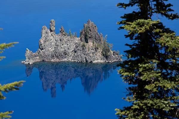 Crater Lake Island.jpg 222