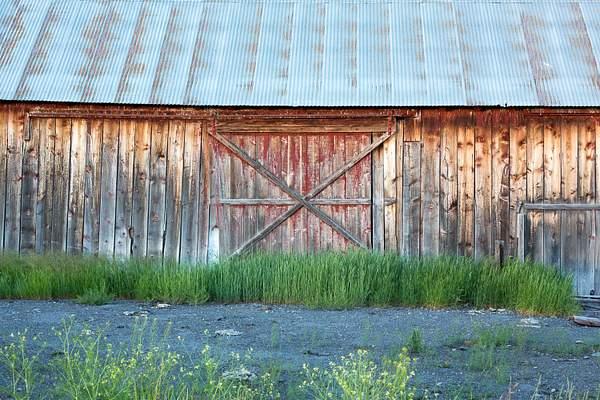 Old Barn near Crater Lake.jpg 222