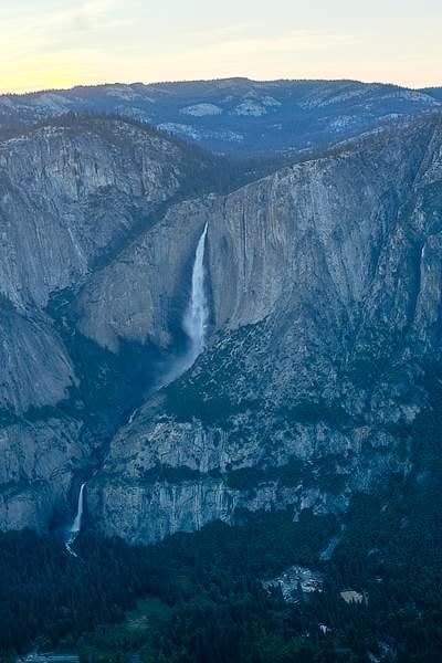 Yosemite Falls from Glacier Point.jpg 222